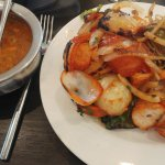 Poppadoms & chutneys, chicken shashlik, tandoori chicken