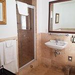 Bedroom 5 - bathroom
