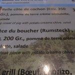 Rumsteck très dur et servit avec pommes grenailles toutes séchées...