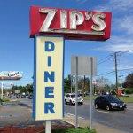Zip's Diner - Iconic Sign