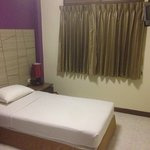 Basic single room booked and was very good included ac