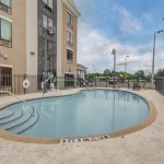 Holiday Inn Express & Suites Tampa USF-Busch Gardens Foto