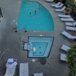 Brentwood Bay Resorts swimming pool