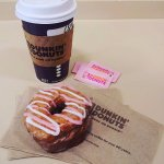 Dunkin' Donuts Abril 2016