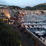 Zona de restaurantes del puerto desde el balcon