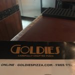 Goldies Pizza resmi
