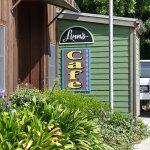 Linn's Cafe