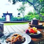 Foto de Smiling Buddha Restaurant