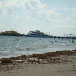 Strand nedanför Pelicano inn
