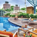 Hotel Michael Free Form Pool