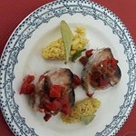 Thon grillé sauce catalane et risotto