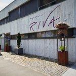 Herzlich Willkommen im Restaurant RIVA. Wir freuen uns, Sie bei uns begrüssen zu dürfen.
