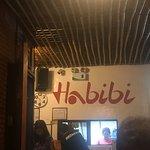 Foto de Habibi Restaurant & Shisha Cafe
