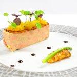 Pressé de foie gras/ Langoustine/ Pomme safranée.