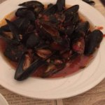 Mussels w/ red sauce