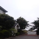 Photo de Beach House at Half Moon Bay