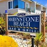 Moonstone Beach Bar Grill 6-25-17