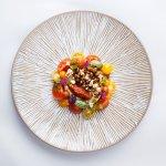 Tarta z pastą z bakłażana i marynowanymi pomidorami