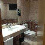 No se ve la bañera que era la zona con más deterioro del baño.