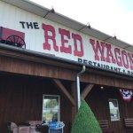 Foto de The Red Wagon