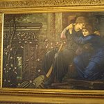 yep... that's a burne-jones hanging over the fireplace!!