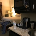 Photo de Holiday Inn Express Hotel & Suites Vernon College Area (Hwy 287)
