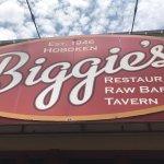 Biggies Clam Bar in Carlstadt