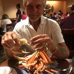 Wow what crab legs. If you read a review it is expensive, just go price crab legs. All you can e