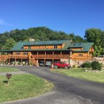 Foto Smoke Hole Caverns & Log Cabin Resort