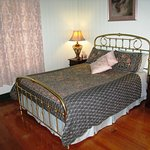 Pitstop Lodge B&B Queenroom