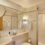 Suite 304 Badezimmer