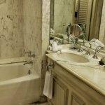 Spacious bathroom - double basins