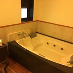 Bathroom had a Jacuzzi which we did not try