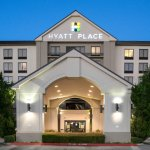 Centrally located hotel near Dallas and Arlington, Texas