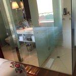 Crazy voyeuristic glass bathroom