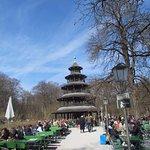 Photo of Biergarten am Chinesischen Turm