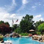 Fredericksburg Inn & Suites