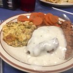 Delicious plate lunches:  country fried steak & Turkey Manhattan!  YUM!!!