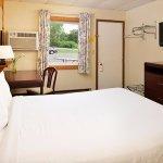 Cruise Inn RV Park & Lodging- Alexandria Foto
