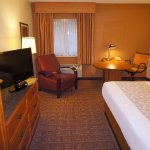 Photo of La Quinta Inn & Suites Raleigh Durham Airport S