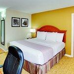 Photo of La Quinta Inn Waldorf