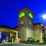 Photo de La Quinta Inn & Suites Longview North