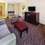 Photo of La Quinta Inn & Suites DFW Airport West - Bedford