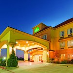Photo of La Quinta Inn & Suites Glen Rose