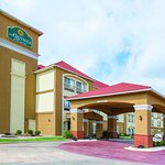 Photo of La Quinta Inn & Suites Oklahoma City -Yukon