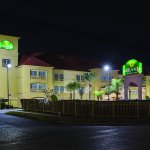 Photo of La Quinta Inn & Suites Houston East at Normandy