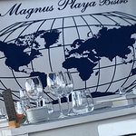 What a fabulous tapas bistro restaurant!  Magnus playa bistro is the ideal location to sit and w