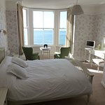 King Double Room with Sea View at Mount Royal