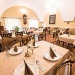 Restaurant Three Roses (Tri Ruze)