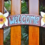 "Welcome to Aratinga! Our motto is: 'The Place of Happy People""."